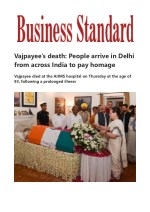 Vajpayee's death People arrive in Delhi from across India